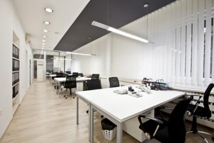 ideales raumklima und hoher komfort am arbeitsplatz. Black Bedroom Furniture Sets. Home Design Ideas