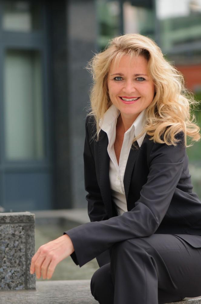 Heike Holz auf www.business-netz.com