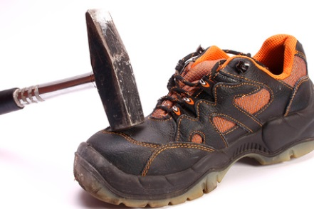 sports shoes 0a367 52a66 Sicherheitsschuhe: Wer trägt die Kosten?